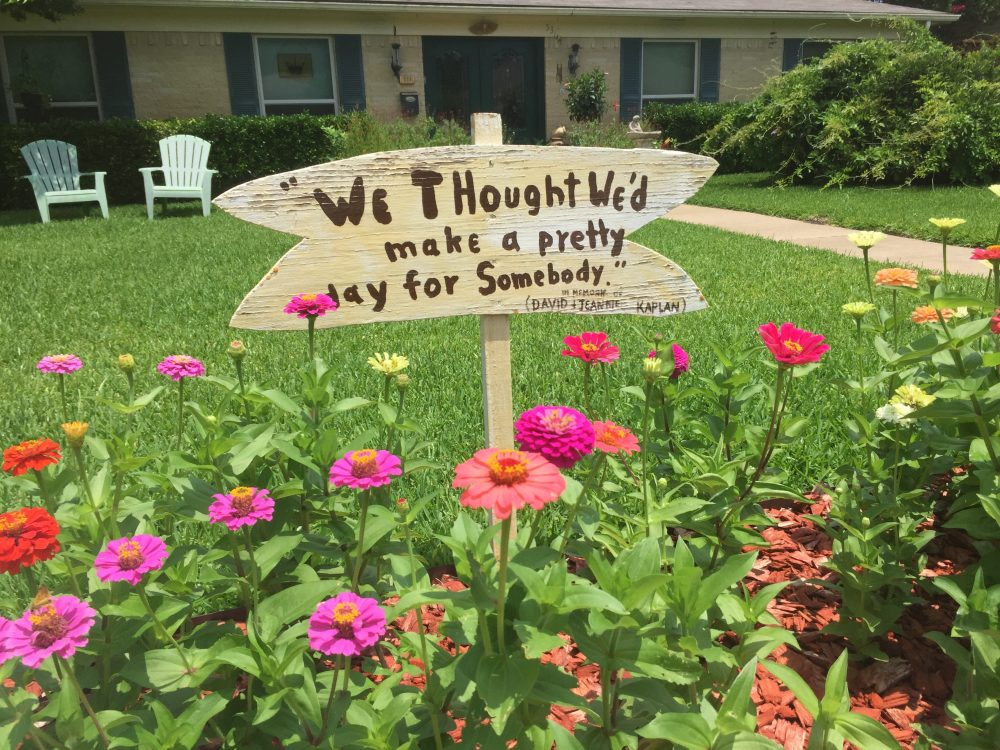 The DuPlants (530 Twilight Trail) encourage neighbors to enjoy their flowers, a lovely tribute to Nanci DuPlant's father and mother, David and Jeanette Kaplan -- who allowed their neighbors to pick their flowers, too.